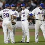 Win/Loss percentage with average team by Mets player